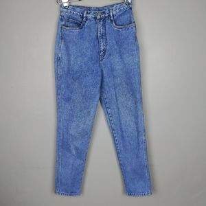 Calvin Klein Jeans High Waisted Tapered Jean